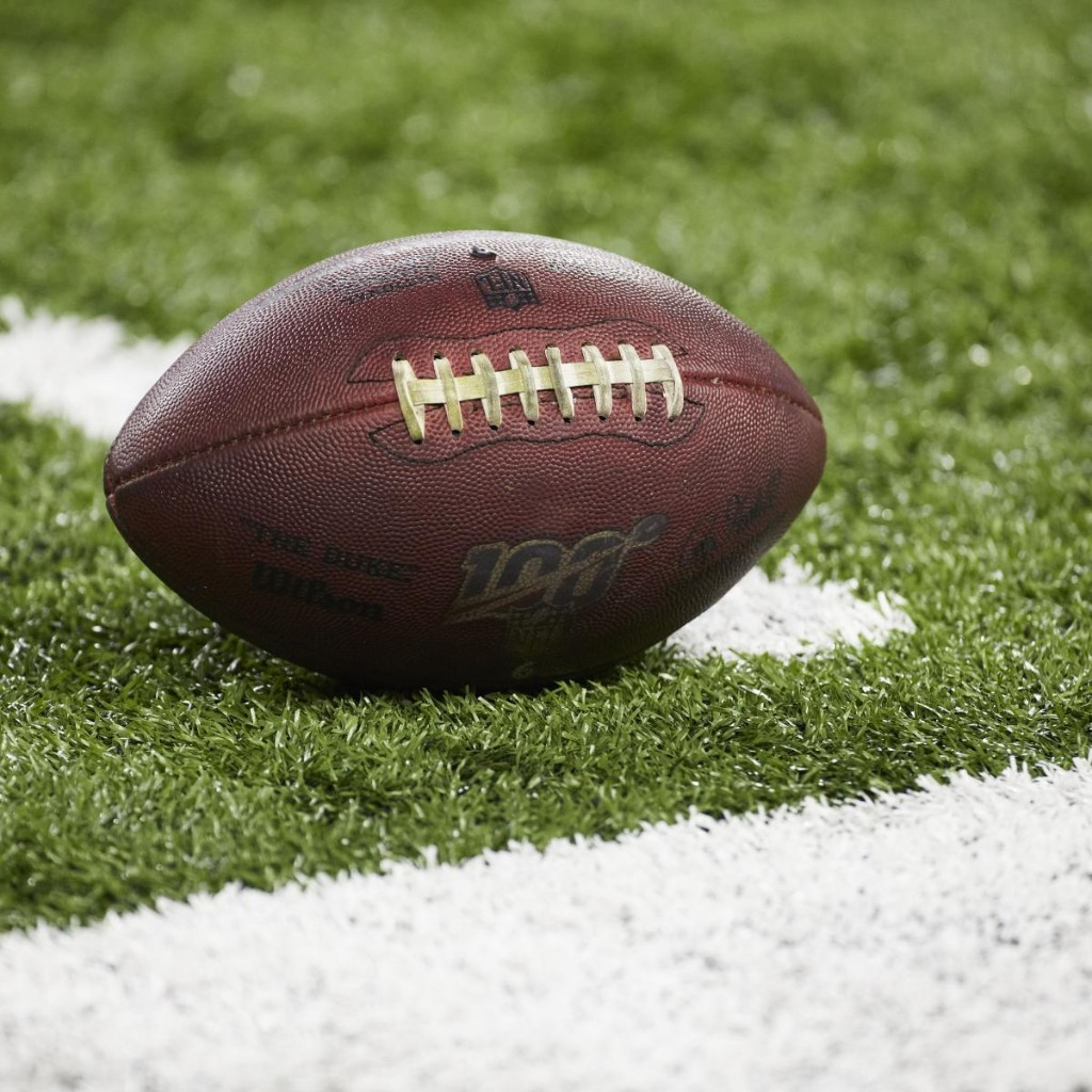Report: NFL Players Seeking to Negotiate Opt-out Clauses, $250K Stipends
