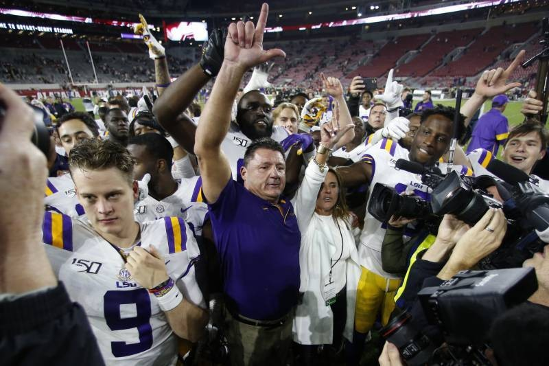 Apparent Video of LSU Locker Room After Alabama Win: 'Roll Tide, What? F--k You'
