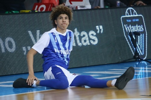 LaMelo, LiAngelo Ball Combine for 96 in LA's Win over Atlanta in JBA Action