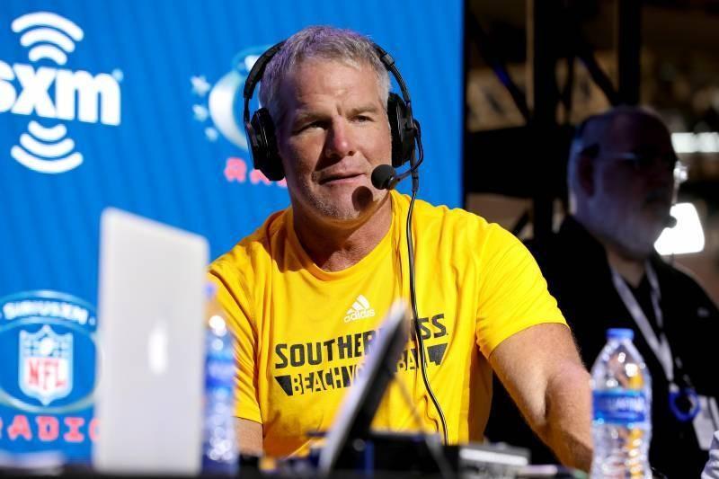 Brett Favre, Packers Hang On vs. Calvin Johnson, Lions in B/R Madden GOAT Sim