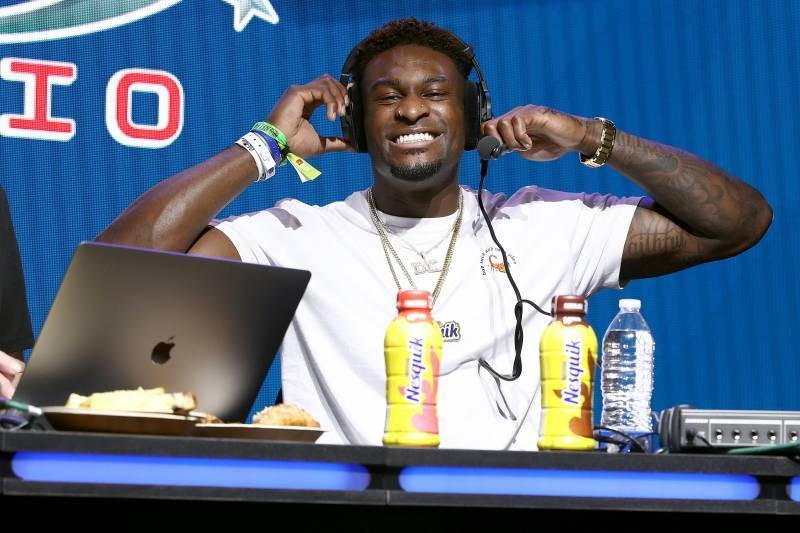 Seahawks' DK Metcalf to Host Live-Stream Cooking Show on Instagram