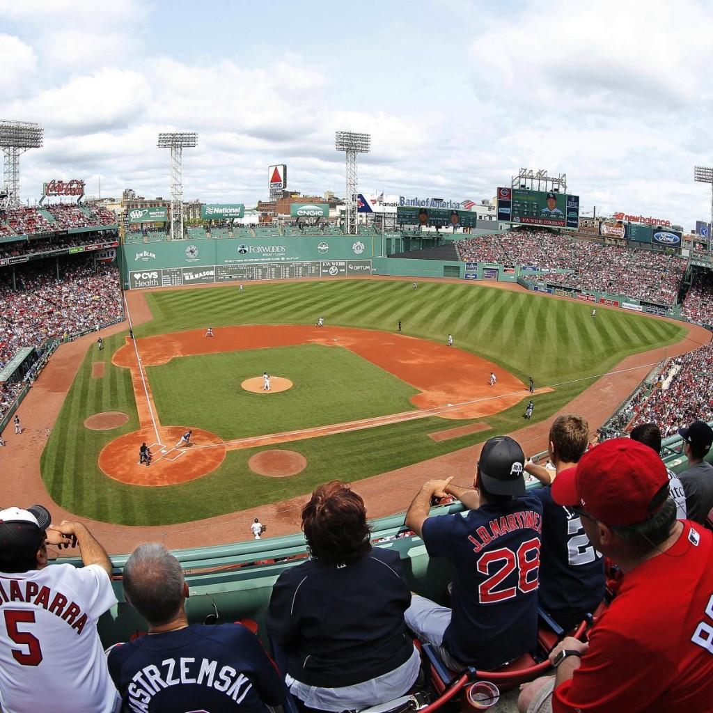 Power Ranking Wrigley, Fenway and All 30 MLB Ballparks Ahead of 2020 Season