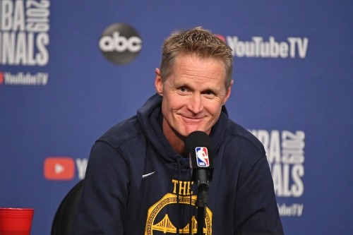 Warriors' Steve Kerr Explains Why Youth Basketball Players Should Play Soccer