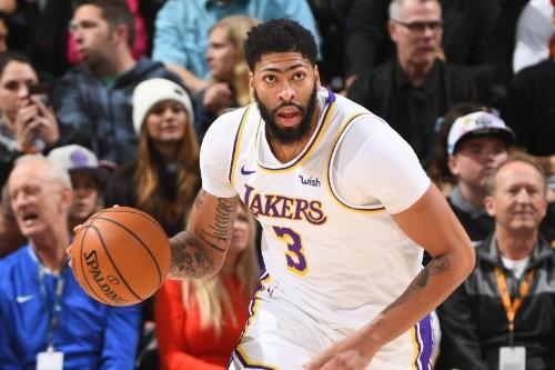Anthony Davis' 2-Way Dominance Driving Lakers' 19-3 Start