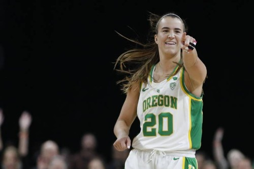 Oregon's Sabrina Ionescu Wins Wade Award for 2nd Time; 6th Player to Win Twice