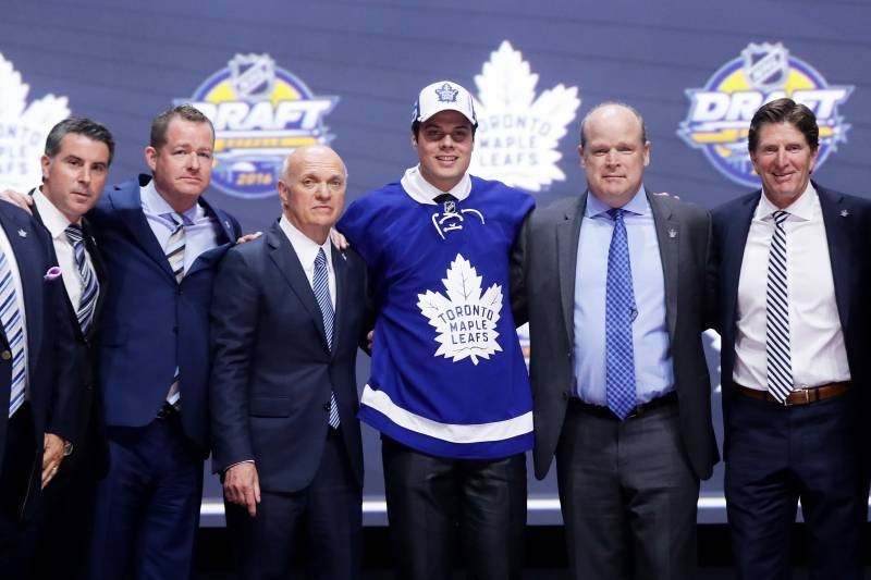 NHL Draft 2016: Live Results, Picks and Grades for Round 1