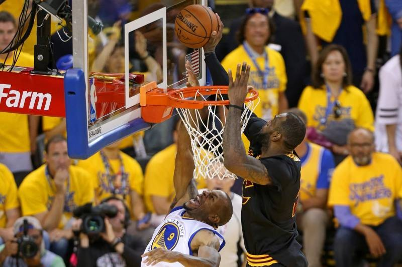 Kevin Love Calls LeBron James' 2016 Finals Block on Iguodala Best of All Time