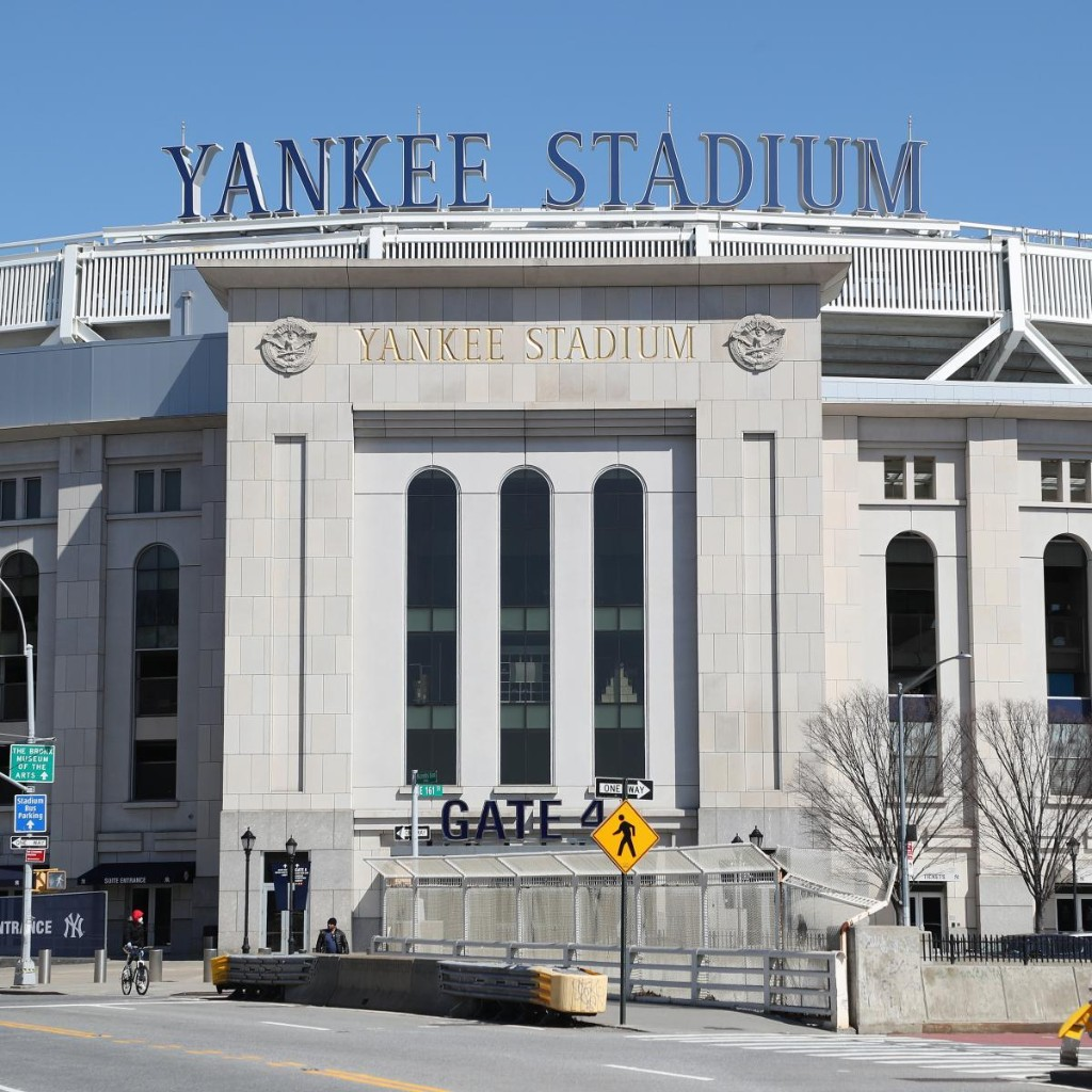 Report: MLB's Salary Proposal Would Save Yankees, Astros, Dodgers $100M Each
