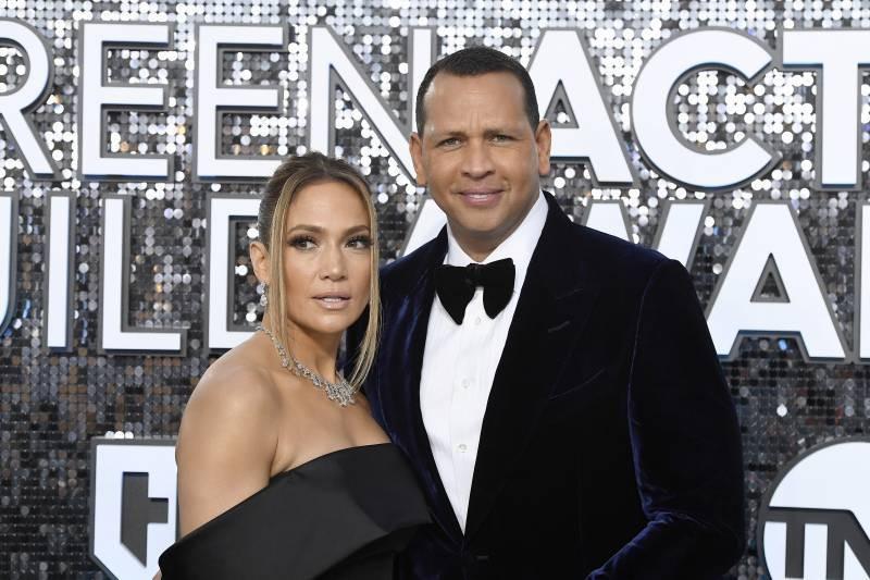Mets Rumors: Alex Rodriguez, Jennifer Lopez Working on 2nd Bid to Buy Team