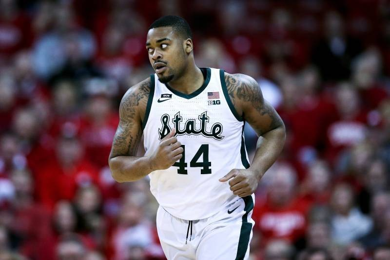 Nick Ward's Hand Injury Diagnosed as Fracture, Return Timeline Unknown