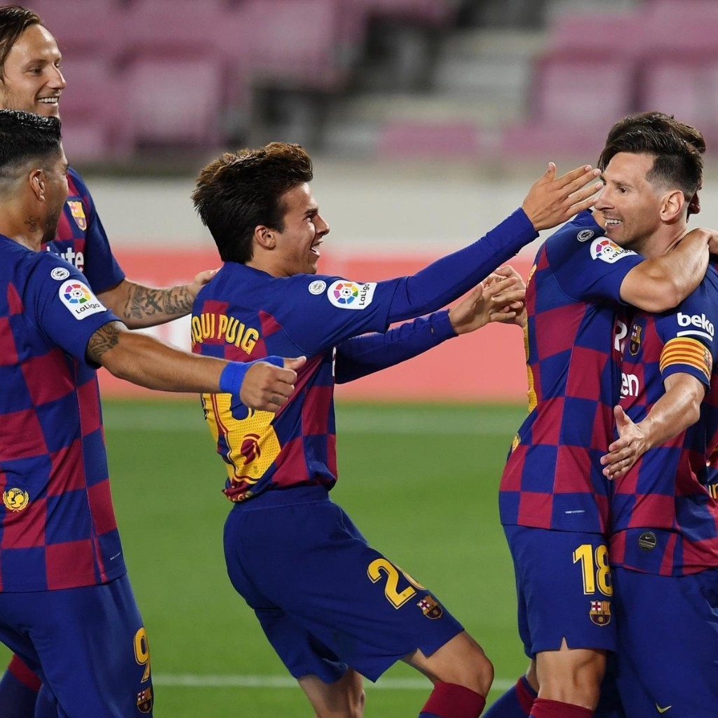 Lionel Messi Reaches 700 Combined Goals for Barcelona, Argentina