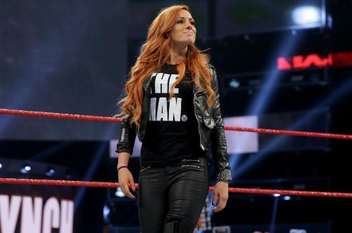 Becky Lynch Taunts Ronda Rousey with Shirt, Brock Lesnar and More in WWE Roundup
