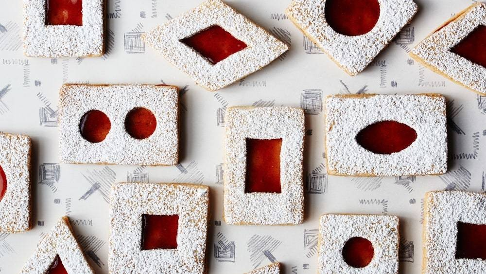 3 Essential Tips for the Prettiest, Most Perfect Linzer Cookies Ever