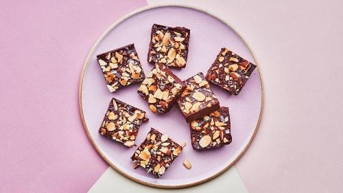 Chocolate-Almond Fridge Fudge
