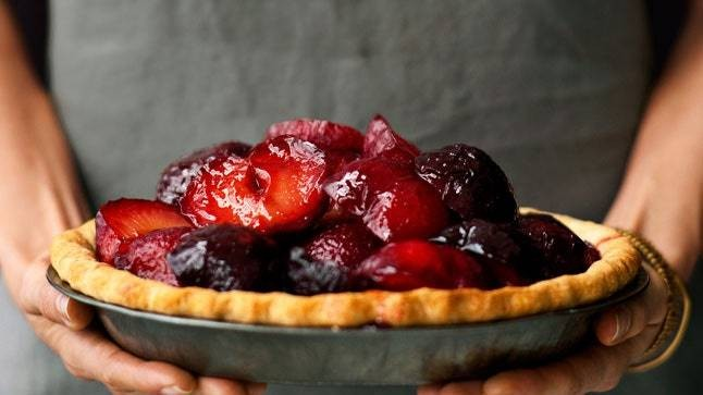 Plum and Mascarpone Pie