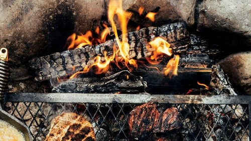 Red Wine–Marinated Hanger Steaks with Flatbreads