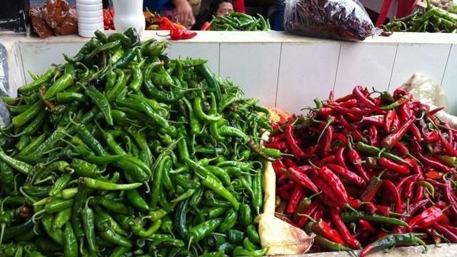 When to Use Dried Chiles vs. Fresh vs. Powder vs. Flakes