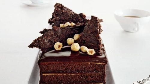 Chocolate Hazelnut Cake with Praline Chocolate Crunch