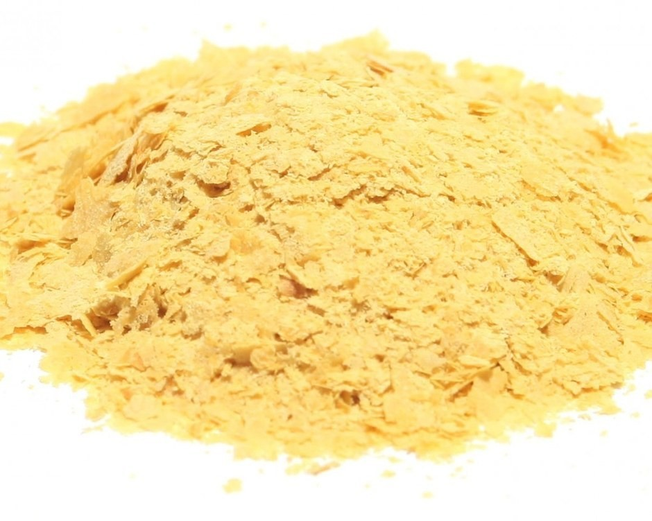 Everything You Need to Know About Nutritional Yeast, Nature's Cheeto Dust