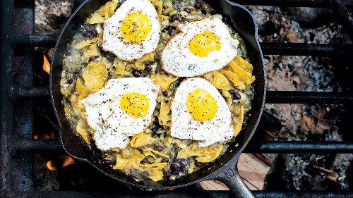 25 Campfire Meals to Keep You Well-Fed in the Great Outdoors