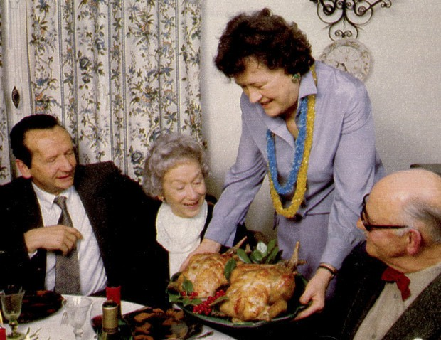 So This Is How Julia Child Roasts a Turkey