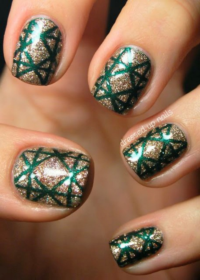20 Sparkly DIY Manis for the Holidays