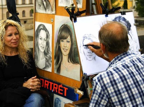 What selling sketches on the street taught this millionaire - Business Insider