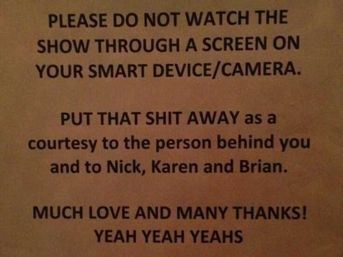 Rock Band Yeah Yeah Yeahs Don't Want You Using A Smartphone At Their Shows