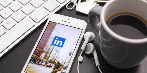 5 insider tips for getting noticed on LinkedIn