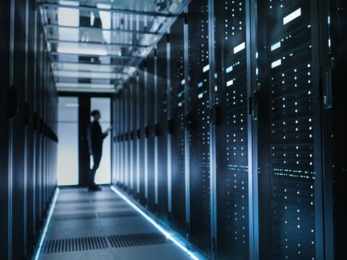 Software in data centers will halve by 2022 in shift to the cloud