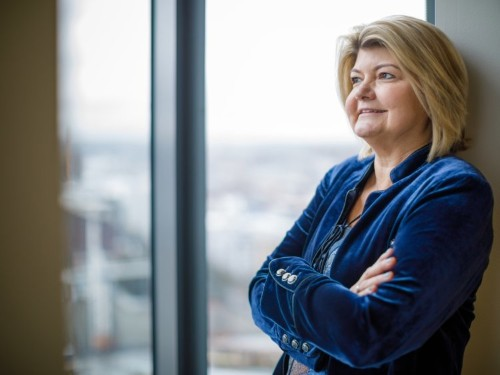 AWS VP Sandy Carter says Amazon's cloud is best place to run Windows