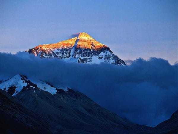 Deadly Nepal earthquake was so powerful it moved Mount Everest - Business Insider