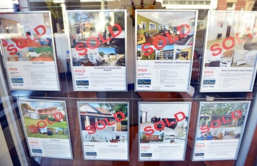 Australia probes hundreds of home purchases by foreigners