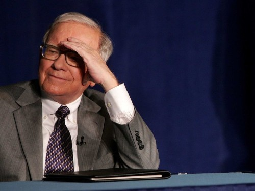 I asked Warren Buffett what it's like to be super rich, and we should all keep his answer in mind
