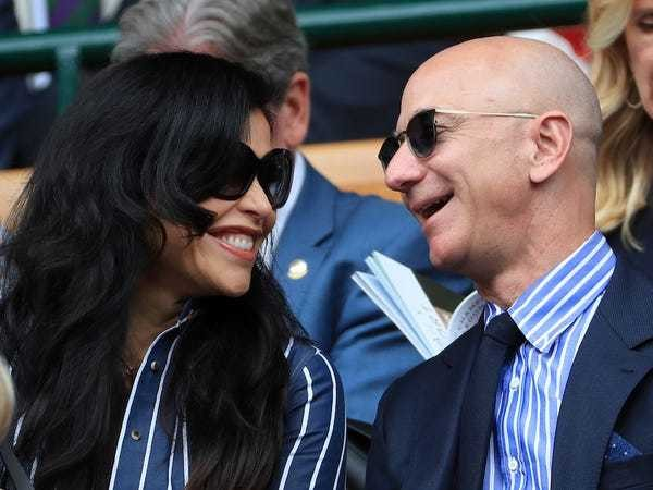 Jeff Bezos' $260 swimming trunks are ranked hottest menswear item - Business Insider