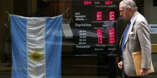 Argentina financial crisis: Debt downgraded by Fitch and S&P Global