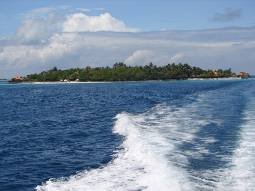 Visit The Beautiful Maldive Islands Before They're Gone Forever