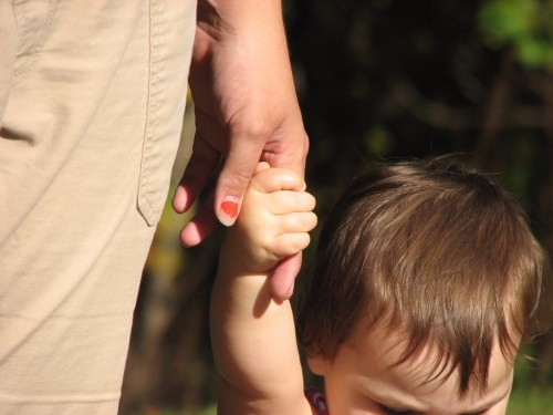 9 mistakes parents make that can hurt their kids