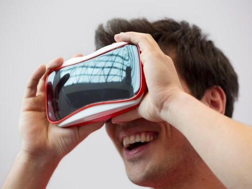 Apple has started selling the View-Master virtual-reality headset