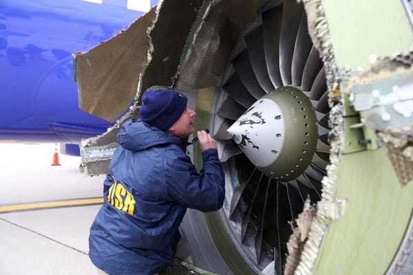 NTSB tells Boeing to redesign 737 engine casing over Southwest accident - Business Insider