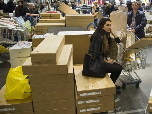 CHAOS IN RUSSIA: People Are Panic-Buying Furniture And Cars After Ruble Crashes