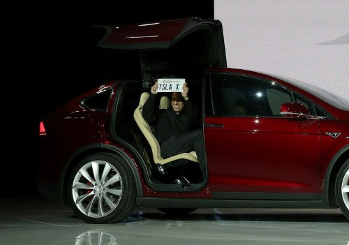 Here's Tesla's first SUV, the all-electric Model X