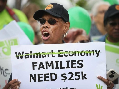 Wage hikes are actually helping Wal-Mart, not hurting it