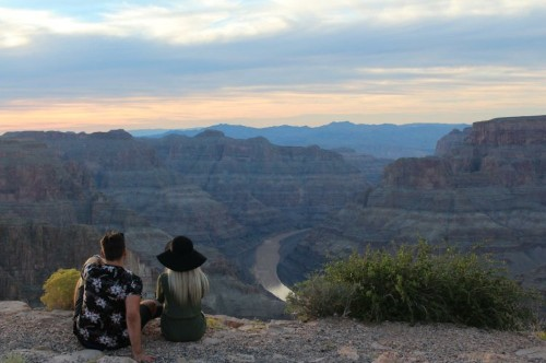 Man's request for help editing ex out of Grand Canyon photo backfires