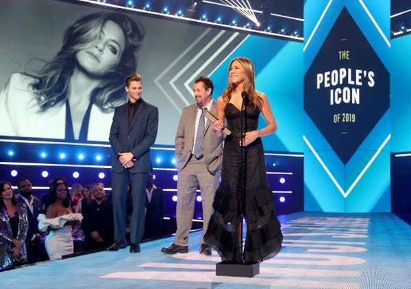 'Friends' actress Jennifer Aniston: net worth, spending, career - Business Insider