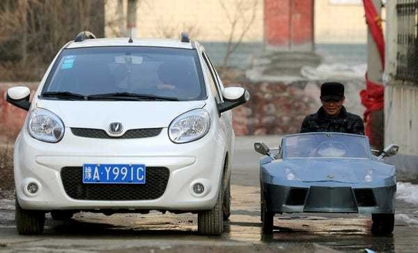 China's ban on gas-powered cars could cripple the oil market - Business Insider