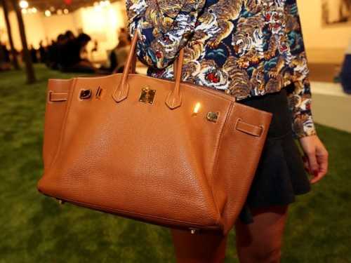 From 38,000 BC to now: this is how purses have changed over the years