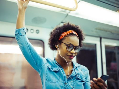 9 ways to attract good energy at work and in your personal life