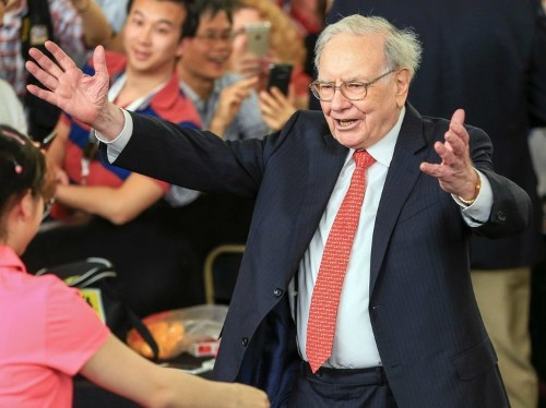 The way billionaire Warren Buffett defines success has nothing to do with money
