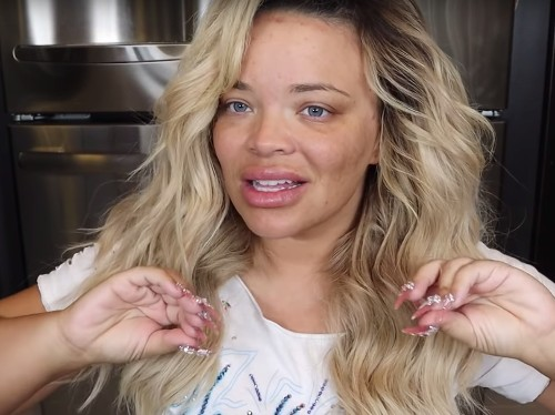 YouTuber Trisha Paytas criticized for coming out as transgender